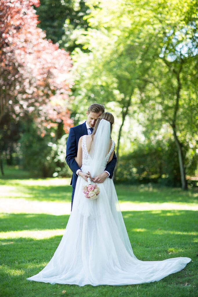Hochzeitspaar im Rathauspark